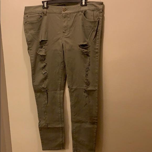 Forever 21 Denim - Olive destructive stretch jeans